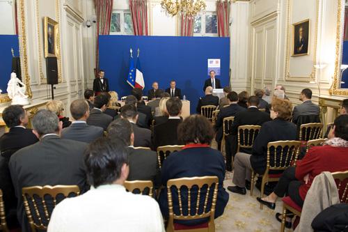 Signature de la charte du dialogue social du 20 octobre for Ministre interieur 2000